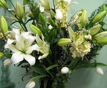floral-shop-floral-arrangement-white